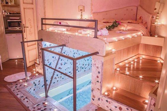 cama con piscina