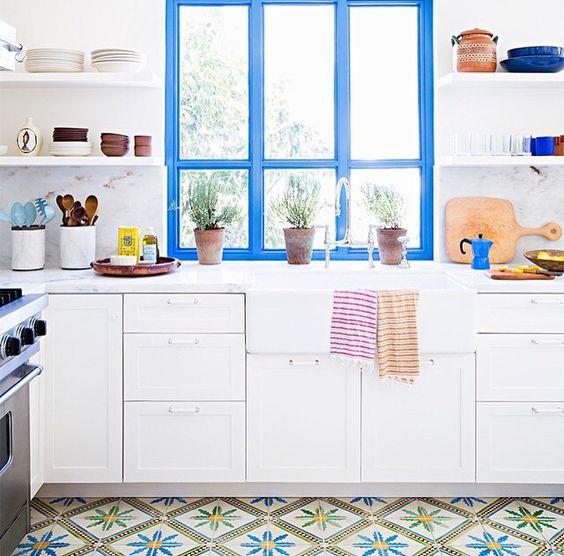 Toques de color para decorar casas atr vete y pinta - Couleur porte et encadrement ...
